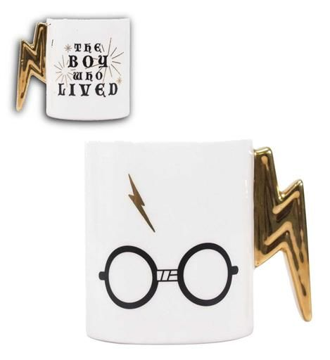 HARRY POTTER TAZA CON RELIEVE THE BOY WHO LIVED