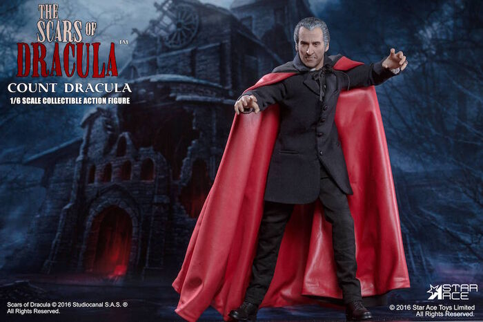 CONDE DRACULA CHRISTOPHER LEE FIGURA 30 CM THE SCARS OF DRACULA STAR ACE